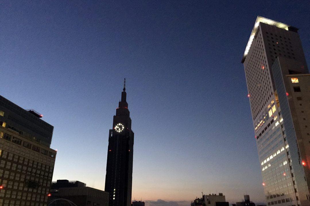 6時前の新宿